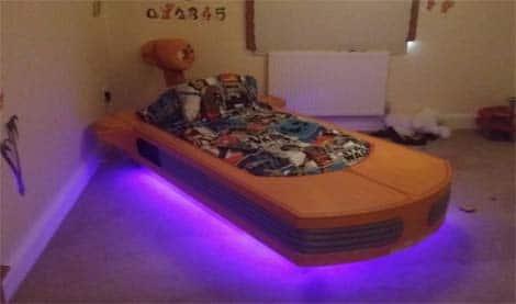 Landspeeder bed . . . if you love your kids!