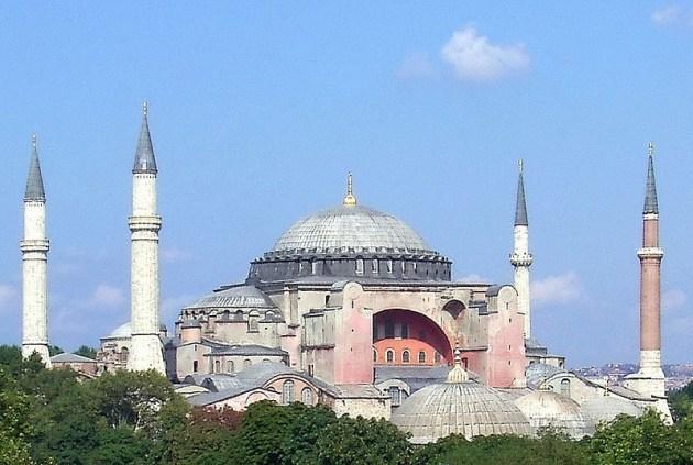 Hagia Sophia (Wikimedia)