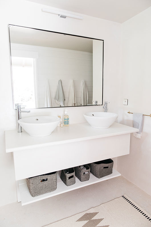 beachy bathroom at villa palmier / sfgirlbybay