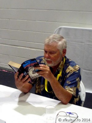 Worldcon 2014 - Sesiuni autografe 02 - Gregory Benford