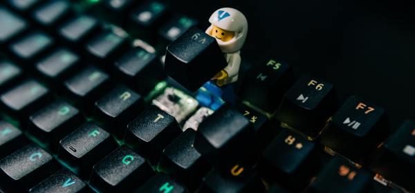 Computer LEGO man