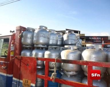 Caminhão de gás apreendido em SF foto Vinnicius Cremonez 4