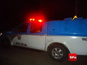 polícia militar na estrada 1