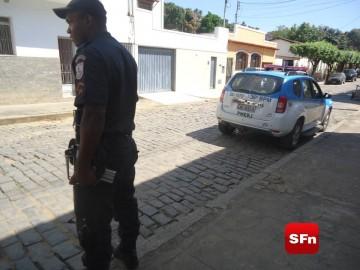 policia militar arma
