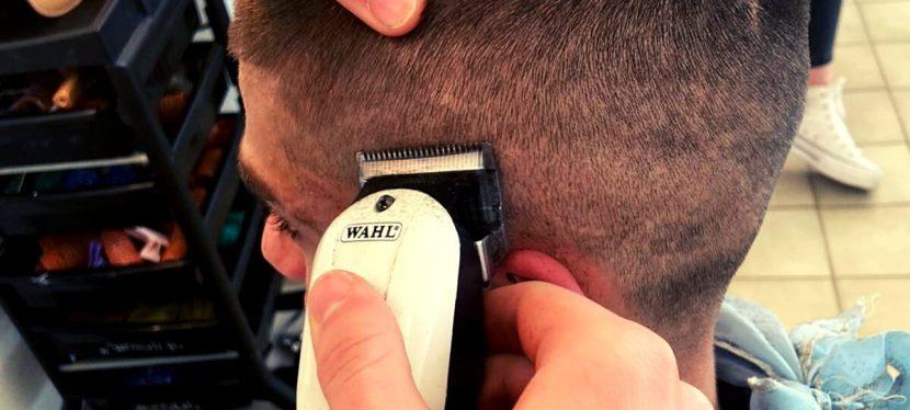 Hair tattoo: l'arte del disegno sui capelli