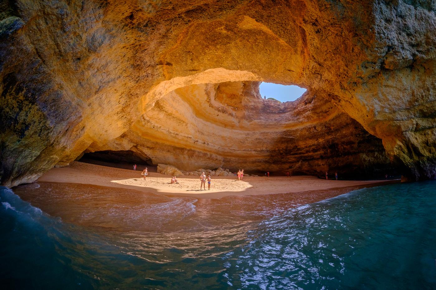 File:Ryugu Sea Cave 20121010 a.jpg - Wikimedia Commons |Sea Cave