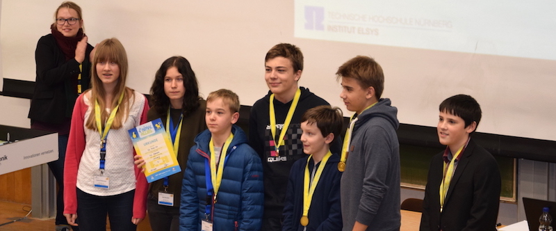 Roboterwettbewerb, Nürnberg, 19.11.2016 | v. l. n. r.: Carina Rüdenauer, Nelli Brucker, Paul Kroiß, Jakob Jarebica, Johannes Kürz, Simon Glöckner