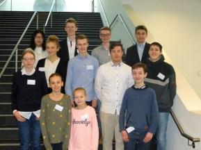 08.02.2019: Das Forscherteam aus dem Schubart-Gymnasium wurde von den beiden Lehrkräften Iris Krauter und Angelika Möbius begleitet