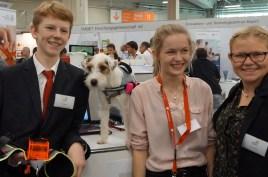 """2014: Auf der IENA mit dem Mikromakro-Projekt """"Rettungshundegeschirr"""""""