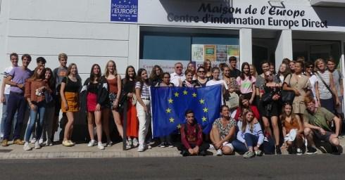 30.09.2019: Die Erasmus-Gruppe des SG vor dem Maison de l'Europe in Nîmes.