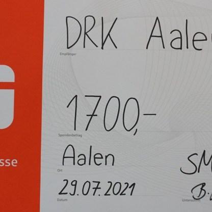 Nicht mehr ganz up to date: Der Scheck konnte auf 1.950 € erhöht werden