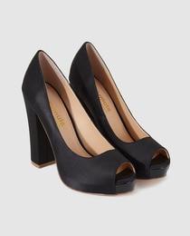 Peep toes de mujer Fórmula Joven negros con tacón alto