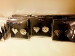 EXO – Badge