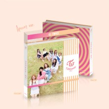 TWICE Mini Album Vol.3 – TWICECOASTER (Version A - Apricot Version)