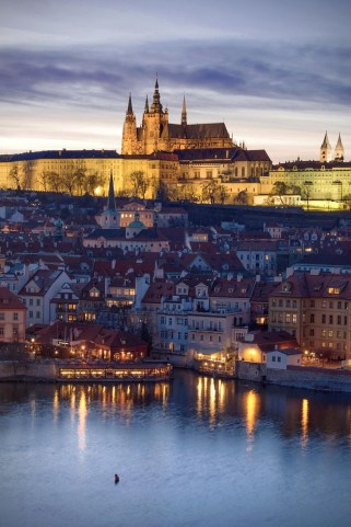 Prague Castle web