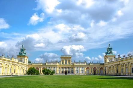 Pa³ac króla Jana III Sobieskiego w Wilanowie. // King Jan III's palace at Wilanow.