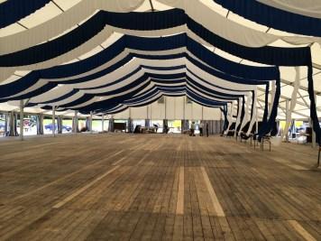 Es ist vorbei, das Zelt wird abgebaut