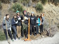 sgmf_students_invasive_plant_removal