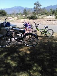sgmf_urban_rec_bikes_picnic_table