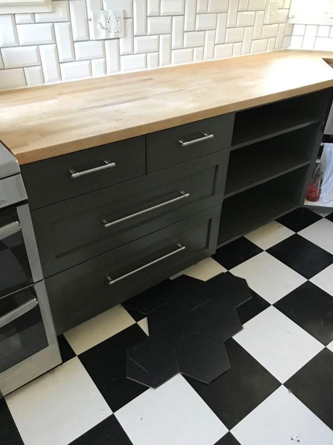 kitchen tiles design images the bungalow kitchen refresh missing the sg style 6293