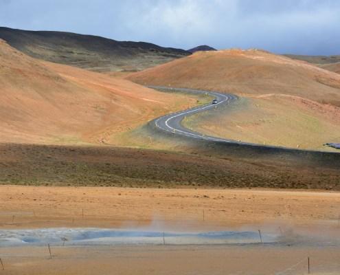 Islanda strada nei pressi di Hverir