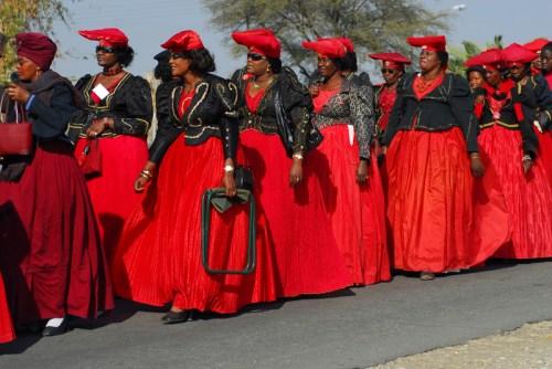 Namibia: donne Herero in festa