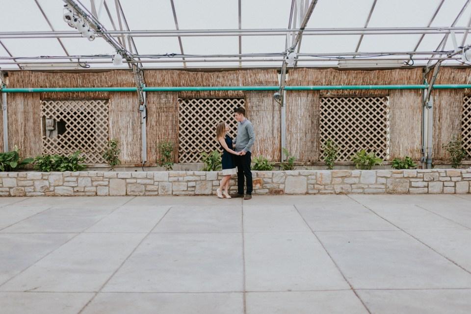fairmount park engagement pictures