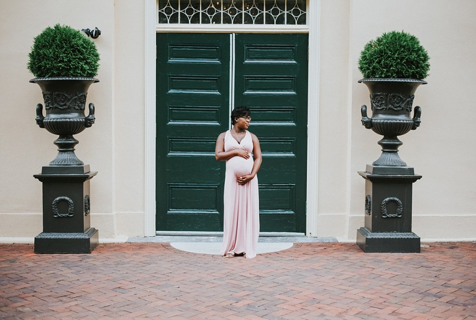 black maternity photographers in philly