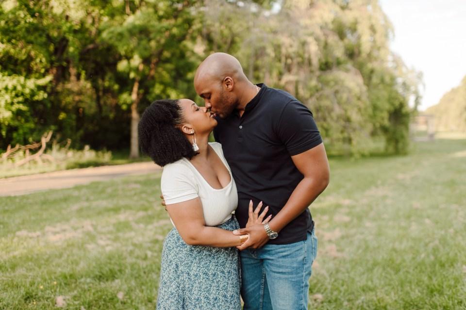 couples photographer fairmount park