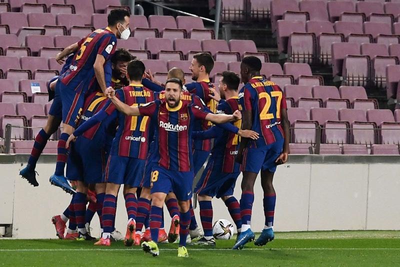 """بعد انتفاضة """"مذهلة"""" أمام أشبيلية… #برشلونة يبلغ نهائي كأس إسبانيا"""