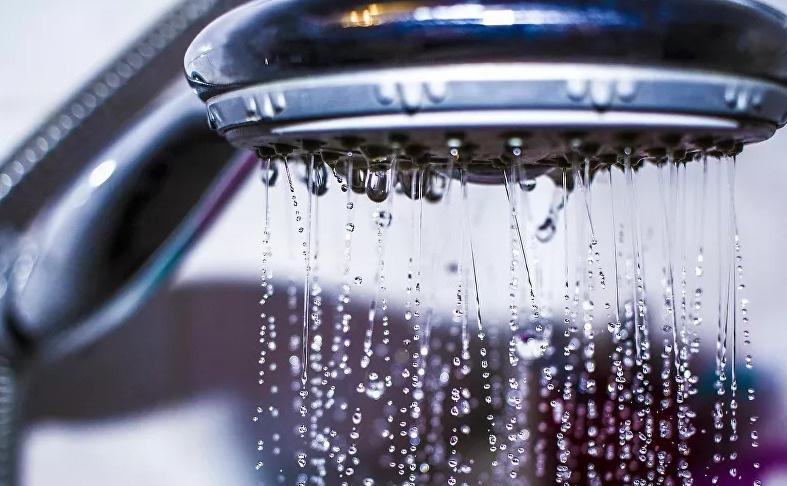 4 أخطاء في الاستحمام تدمر بشرتك
