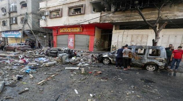 219 قتيلا بينهم 63 طفلاً وسط تواصل القصف الإسرائيلي على قطاع غزة لليوم العاشر