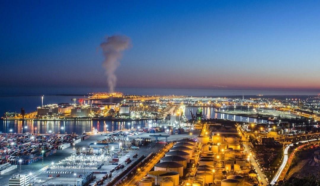 إنشاء أول محطة تحلية مياه تعمل بالطاقة النظيفة في السعودية