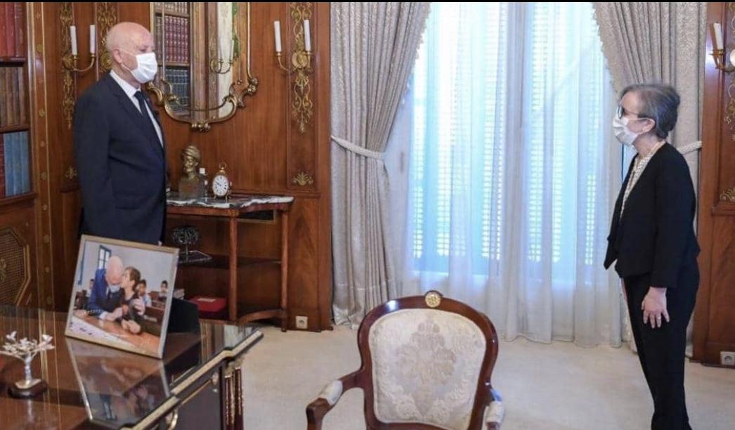 قيس سعيد يعيّن نجلاء بودن أول رئيسة لحكومة تونسية
