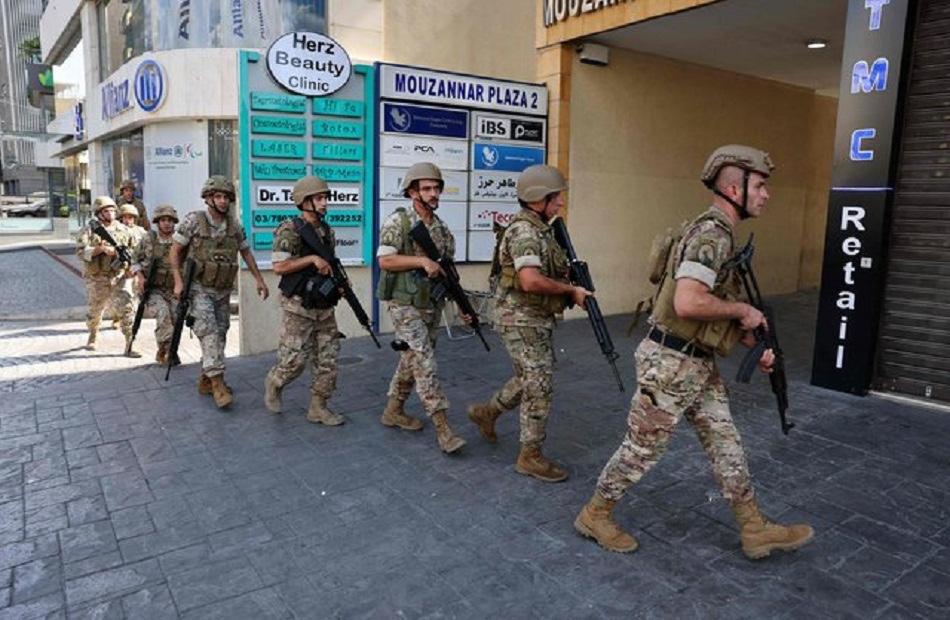 ميقاتي: الجيش اللبناني ماضٍ في إجراءاته الميدانية لمعالجة الأوضاع وضبط المتورطين بالأحداث