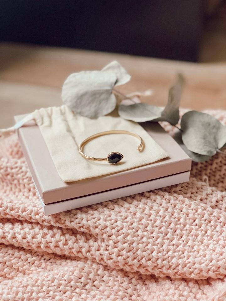 La box bijoux Emma & Chloé : la jolie découverte.