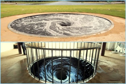Parabolic waters Anish Kapoor installation