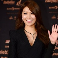 SNSD's gorgeous SooYoung at the red carpet of the '2013 Style Icon Awards'
