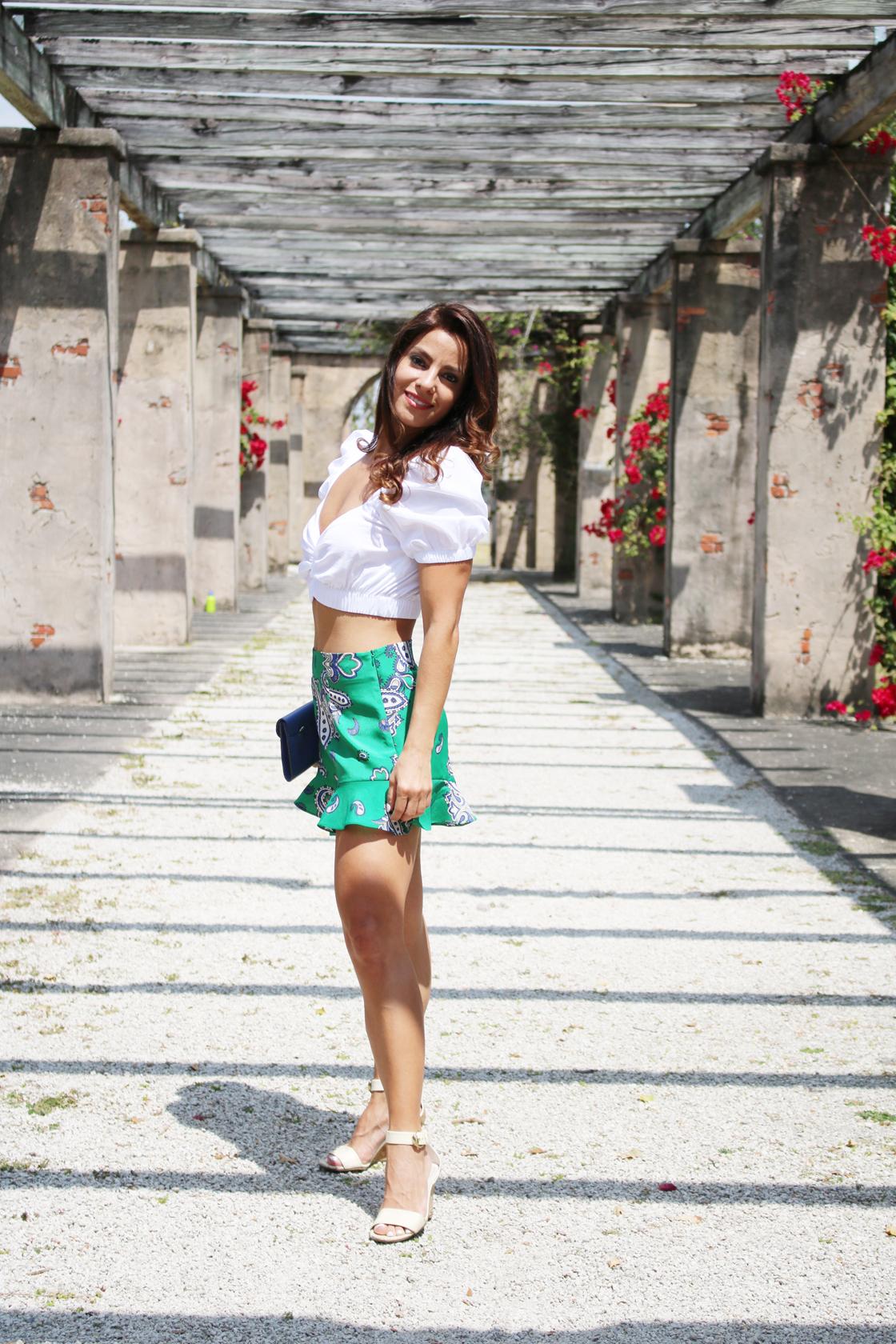 zara bermuda shorts side
