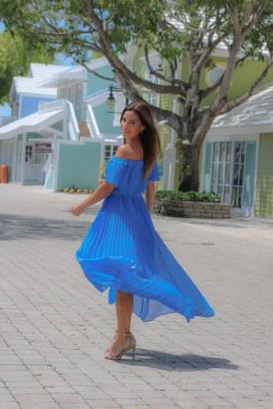 Harmony Off-Shoulder Dress For Spring