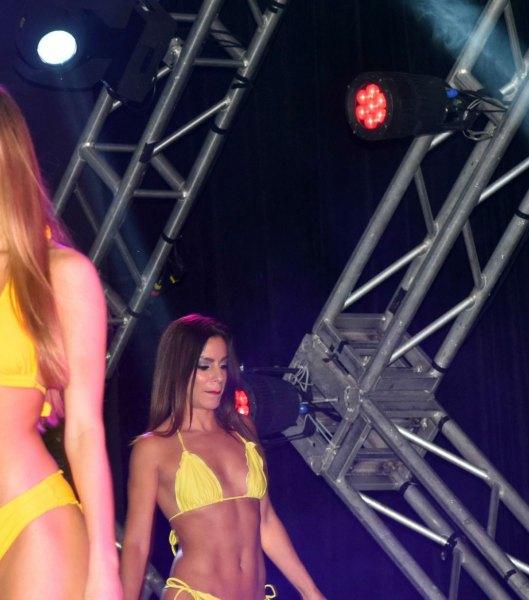 miami-dolphins-audition-bikini-maidelin1
