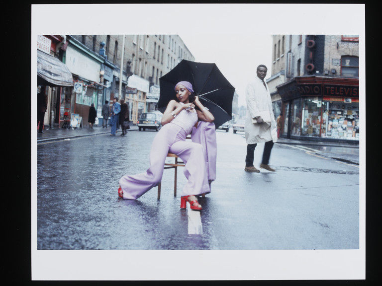 Armet Francis, 'Fashion Shoot, Brixton Market', 1973. Museum no. E.106-2013 © Armet Francis/ Victoria and Albert Museum, London. Supported by the National Lottery through the Heritage Lottery Fund