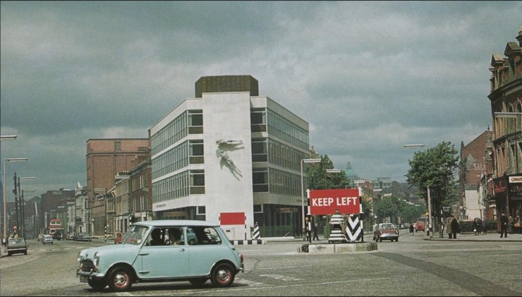 Shaftesbury Sq from the 1960s