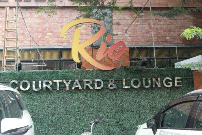 rio-courtyard-lounge-rajouri-garden