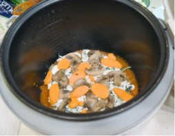 Layers 3 & 4: Ricotta Mixture and Veggies