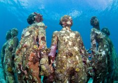 Vicissitudes, by Jason deCaires Taylor