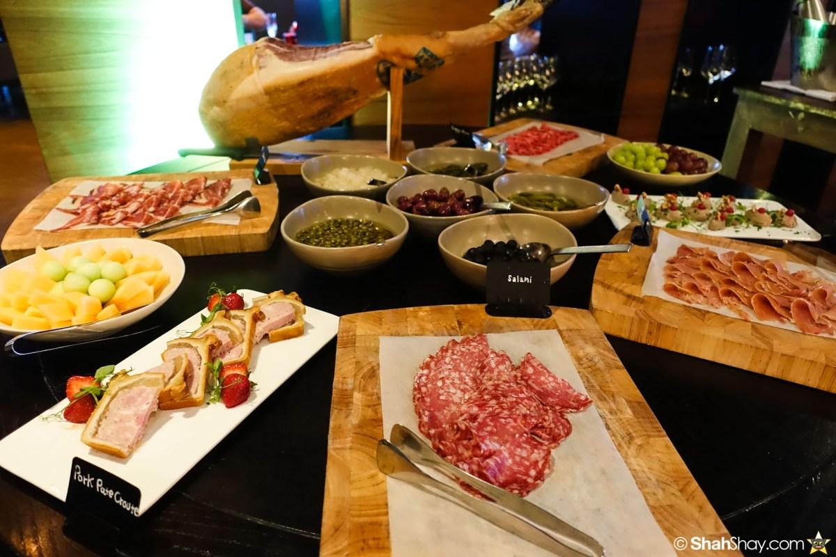 Sunday Brunch Bangkok - Fabulous Brunch Buffet Spread at The District - Pork Salami
