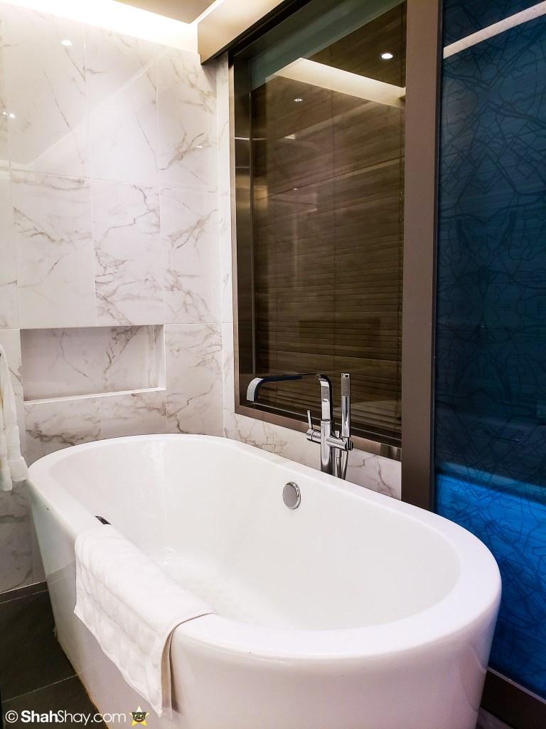 Le Méridien Suite Review at The Le Méridien Kuala Lumpur - bathroom tub