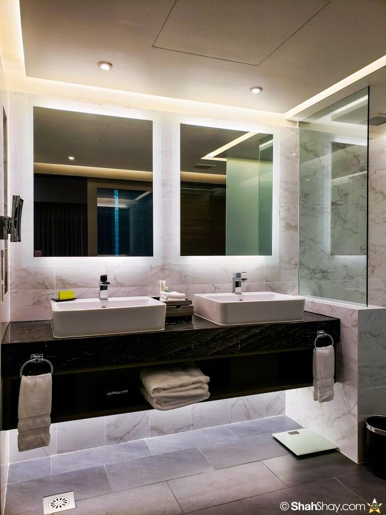 Le Méridien Suite Review at The Le Méridien Kuala Lumpur - bathroom
