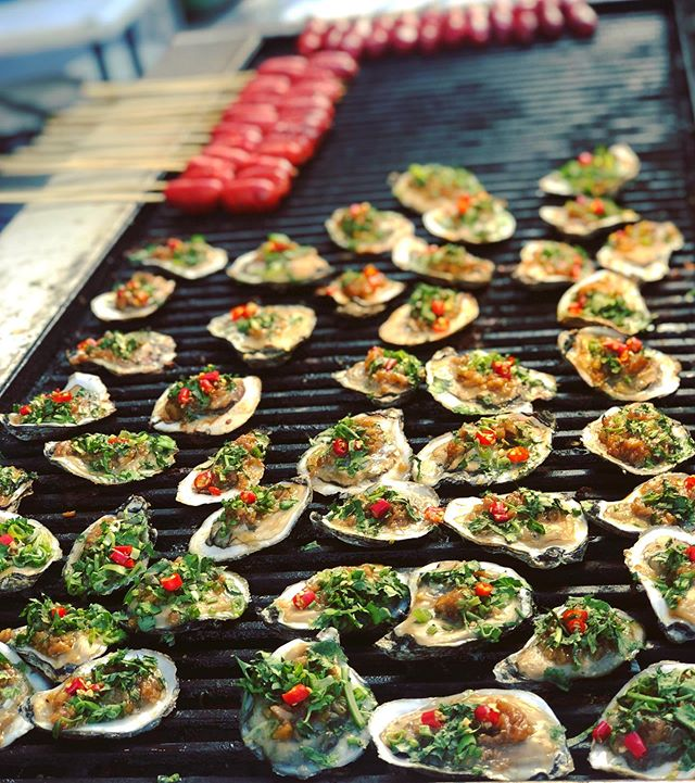#oysters #dragonfestival #torontofood #canadadiaries
